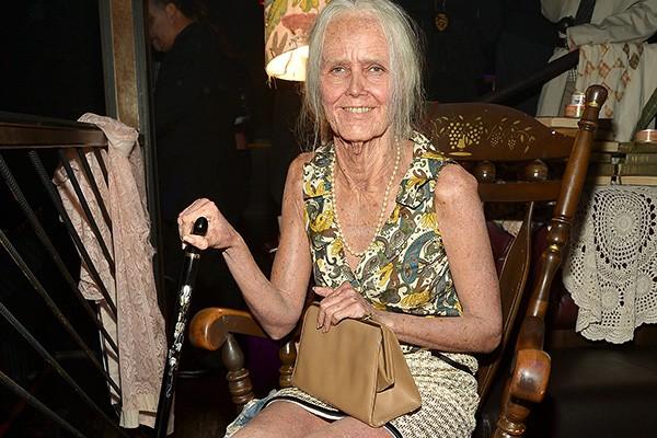 A top model surpreendeu a todos quando apareceu fantasiada de idosa. Será que essa será a aparência de Heidi daqui a algumas décadas? (Foto: Getty Images)