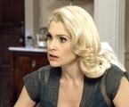 Flavia Alessandra é Sandra em 'Êta mundo bom!' | TV