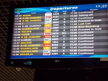 Passageiros seguem viagem e piloto fica internado em hospital na Bahia (Foto: Lílian Marques/ G1)