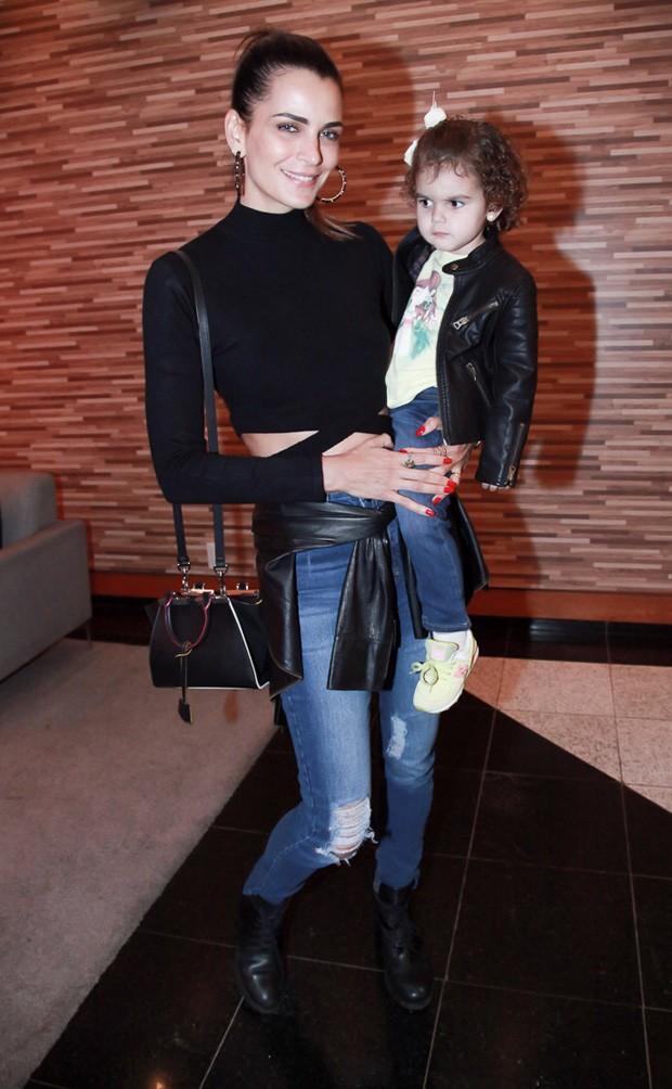 Fernanda Motta e Chloe (Foto: Marcos Ribas/Brazil News)
