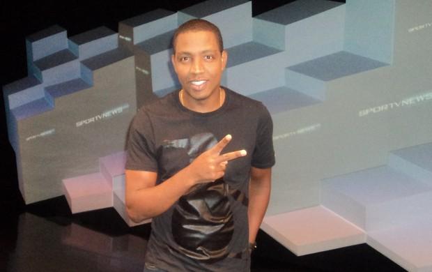 Renato Abreu diz ter propostas e quer anunciar acerto em duas semanas