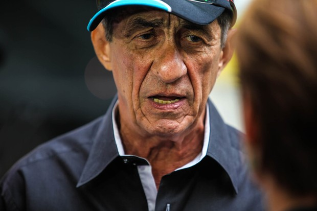 Fagner no velório de Ferreira Gullar (Foto: Anderson Barros / EGO)