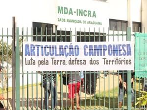 Manifestantes pedem agilidade nas vistorias e demarcação das terras (Foto: Divulgação/Comissão Pastoral da Terra)