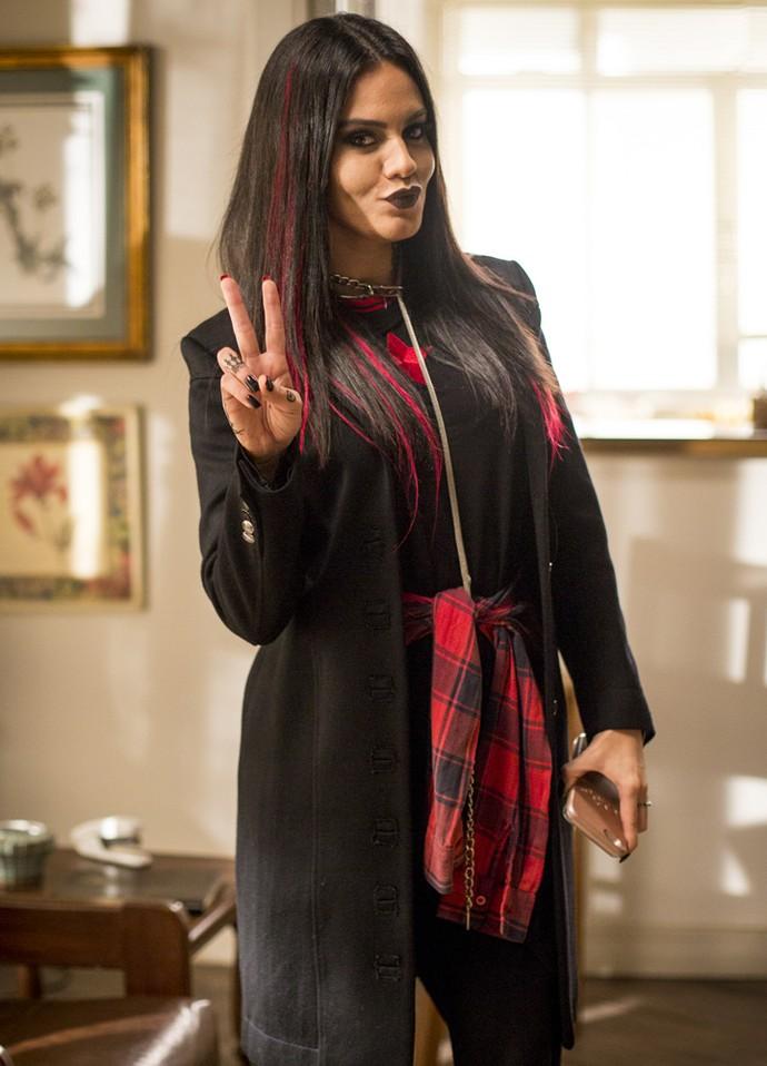 Letícia Lima posa como Drika, a webceleb da vez em 'Totalmente Sem Noção Demais' (Foto: Fabiano Battaglin/Gshow)