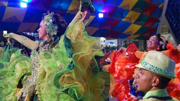 Quadrilhas campeãs fazem exibição especial na Pirâmide (Taiguara Rangel/G1)
