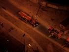 Bombeiros combatem incêndio em Contagem nesta segunda-feira