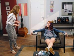 Após conversar com Jeff, Laura proibe namoro da filha com o bad boy