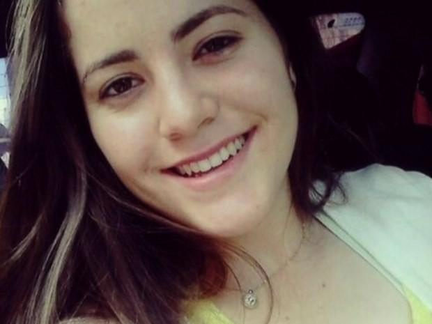 Nathália Zucatelli foi morta após sair do cursinho em Goiânia, Goiás (Foto: Reprodução/TV Anhanguera)
