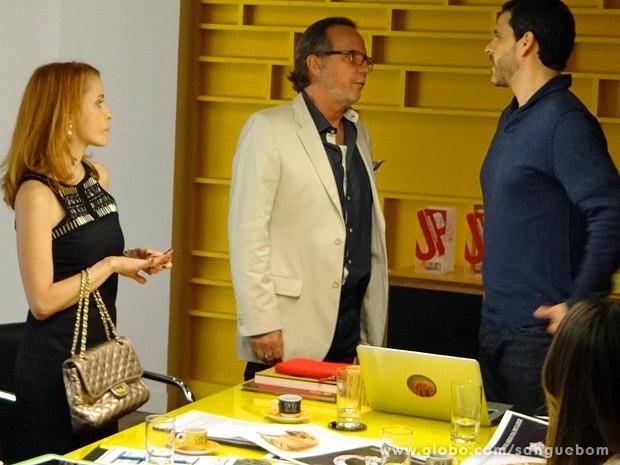 Cardoso detesta a campanha de Natan (Foto: Sangue Bom / TV Globo)