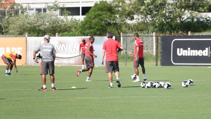 Internacional Inter treino Ernando Inter (Foto: Eduardo Deconto/GloboEsporte.com)