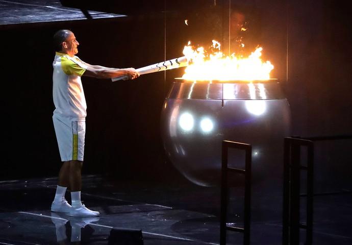 Vanderlei Abertura Rio 2016  (Foto: Agência AP)