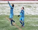 Debaixo de neve, Giuliano faz, Zenit vence, e torcida homenageia a Chape