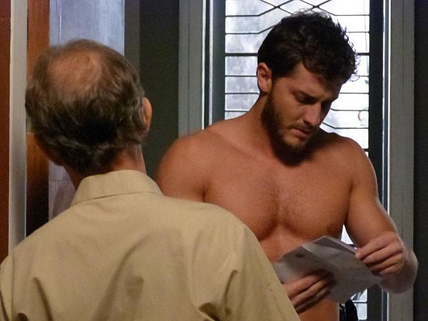 Leonardo recebe intimação para depor como testemunha de Téo Pereira (Foto: Gshow)