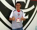 Treinador do Vitória elogia chegadas de Thiago Carvalho e Ayrton