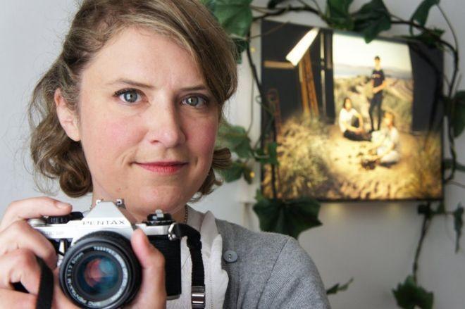 Alice descobriu a fotografia ainda na universidade como um meio de se expressar (Foto: Reprodução/Alice Evans/Arquivo pessoal)