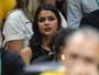 Bruna Marquezine e Neymar comemoram ouro do Brasil lado a lado
