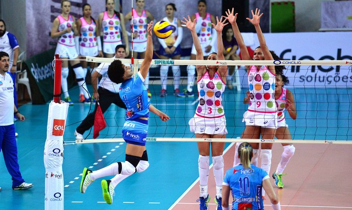 Bauru x Osasco, Superliga feminina de vôlei (Foto: João Pires / Fotojump)