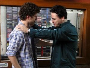 Gabriel diz que sim e Fabiano vibra
