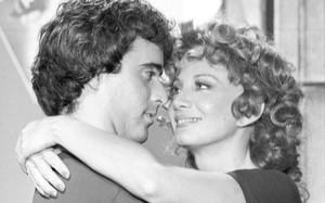 André Cajarana (Tony Ramos) com Ana Preta (Glória Menezes)