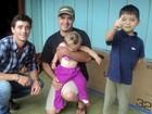 Campeão do 'BBB-12', Fael visita crianças surdas em sua cidade