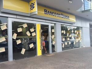 Bancos estão em estado de greve há uma semana (Foto: Bianca Zanella/Divulgação)