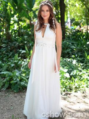 Sempre linda, Paloma se casa em um vestido longo (Foto: Pedro Curi / TV Globo)