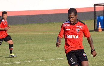 Botafogo negocia empréstimos de Marquinho e Dierson para o Macaé