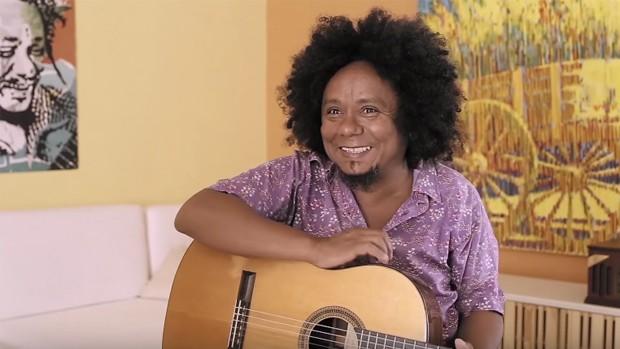 A Lei do Amor: Chico César explica música na trilha (divulgação)