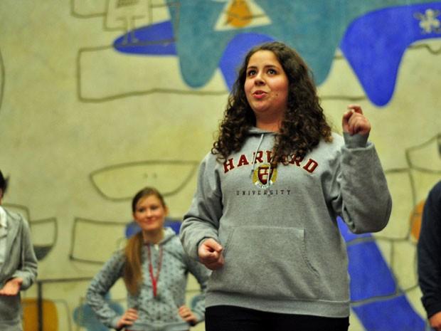 Deborah Alves, de 19 anos, está no seu segundo ano em Harvard. Ela quer se formar em ciências da computação, mas também faz aulas de dança e música (Foto: Arquivo pessoal)