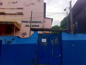 Diretora da Escola Municipal João Kopke é agredida por aluno (Foto: Isabela Marinho / G1)