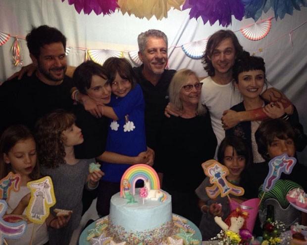 Débora Falabella celebra aniversário de Nina (Foto: Reprodução)