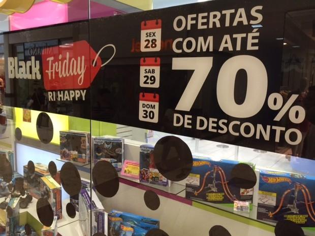 5885c464d5 Lojas prometem até 70% de desconto na  Black Friday  no Vale do Paraíba