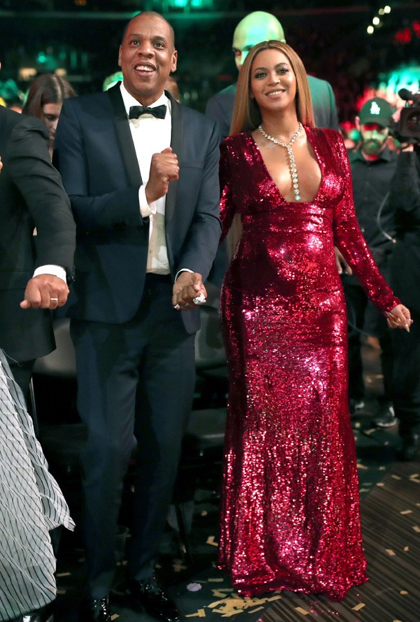 LOS ANGELES, CA - FEBRUARY 12:  Music artists Jay Z and Beyoncé during The 59th GRAMMY Awards at STAPLES Center on February 12, 2017 in Los Angeles, California.  (Photo by Christopher Polk/Getty Images for NARAS) (Foto: Getty Images for NARAS)
