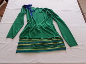 3b955c7e1 G1 - Designer de Divinópolis ensina como customizar roupas para a ...