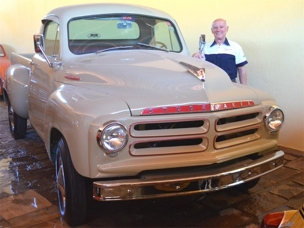 Ferretti é considerado o maior incentivador da marca Studebaker no Brasil (Foto: Erick Julio / G1 Campinas)