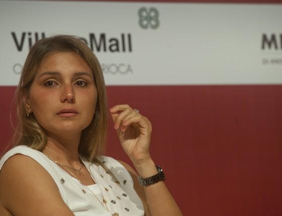 Maya Gabeira (surfista) se emociona ao falar sobre o acidente nas ondas gigantes de Nazaré (Foto: Adriana Lorete/agencia O Globo)