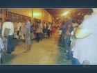 Pacientes formam fila para marcar consulta em hospital de Campinas