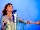Florence and the Machine substitui Foo Figthers no Glastonbury