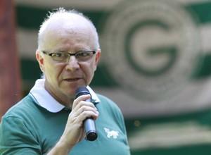 Sérgio Rassi, presidente do Goiás (Foto: Goiás / Facebook)