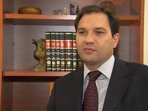 O juiz Luiz Antônio Tela Marta é a favor da pena de doação de sangue (Foto: Valdinei Malaguti/EPTV)