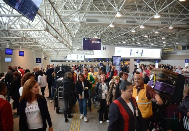 Movimentação no Aeroporto Internacional do Galeão no Rio de Janeiro ; bagagem ; bagagens ; aviação ;  (Foto: Tânia Rêgo/Agência Brasil)