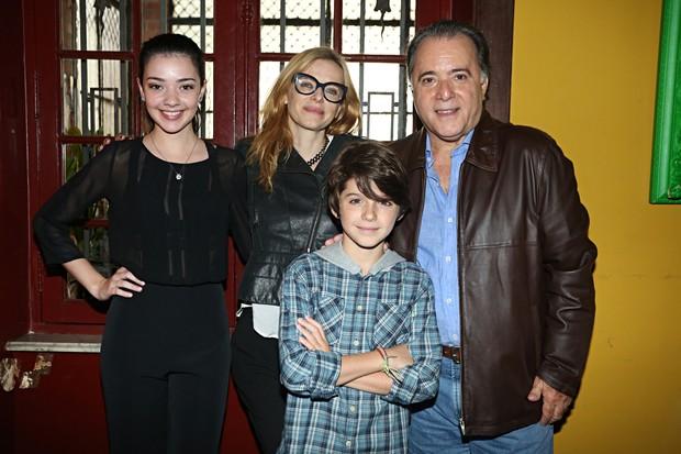 Nathália Falcão, Maria Luisa Mendonça, Tony Ramos e Enrico Baruzzi  (Foto: Celso Tavares/EGO)