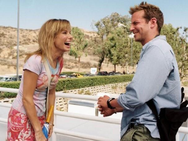 Sandra Bullock e Bradley Cooper estrelam 'Maluca Paixão' (Foto: Divulgação / Reprodução)