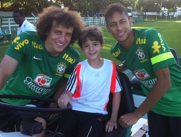 Luca Pinheiro David Luiz Neymar treino Seleção Brasil (Foto: Arquivo Pessoal)