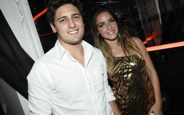 Daniel Rocha e Monique Alfradique (Foto: Francisco Cepeda/ Ag. News)