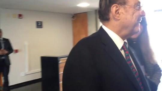 Maluf responde a juiz no STF que nunca foi preso, só foi solto