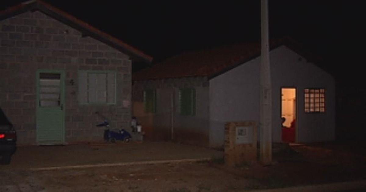 Menino morre após ser atropelado em rua sem iluminação pública - Globo.com