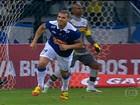 Cruzeiro bate o Botafogo e abre sete pontos na liderança do Brasileirão