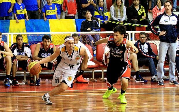 Fúlvio São José Basquete Limeira (Foto: Rafael Silva/ Gazeta Press)