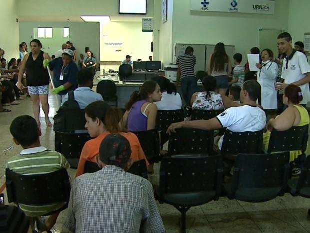 Suspeito disse que mulher esperou 3 horas por atendimento na UPA (Foto: Sérgio Oliveira/EPTV)
